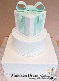 4 - Round Cake, Square Layers