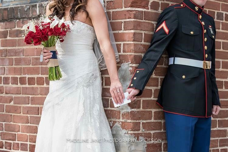 7 Amazing Military Wedding Photos | American Dream Cakes