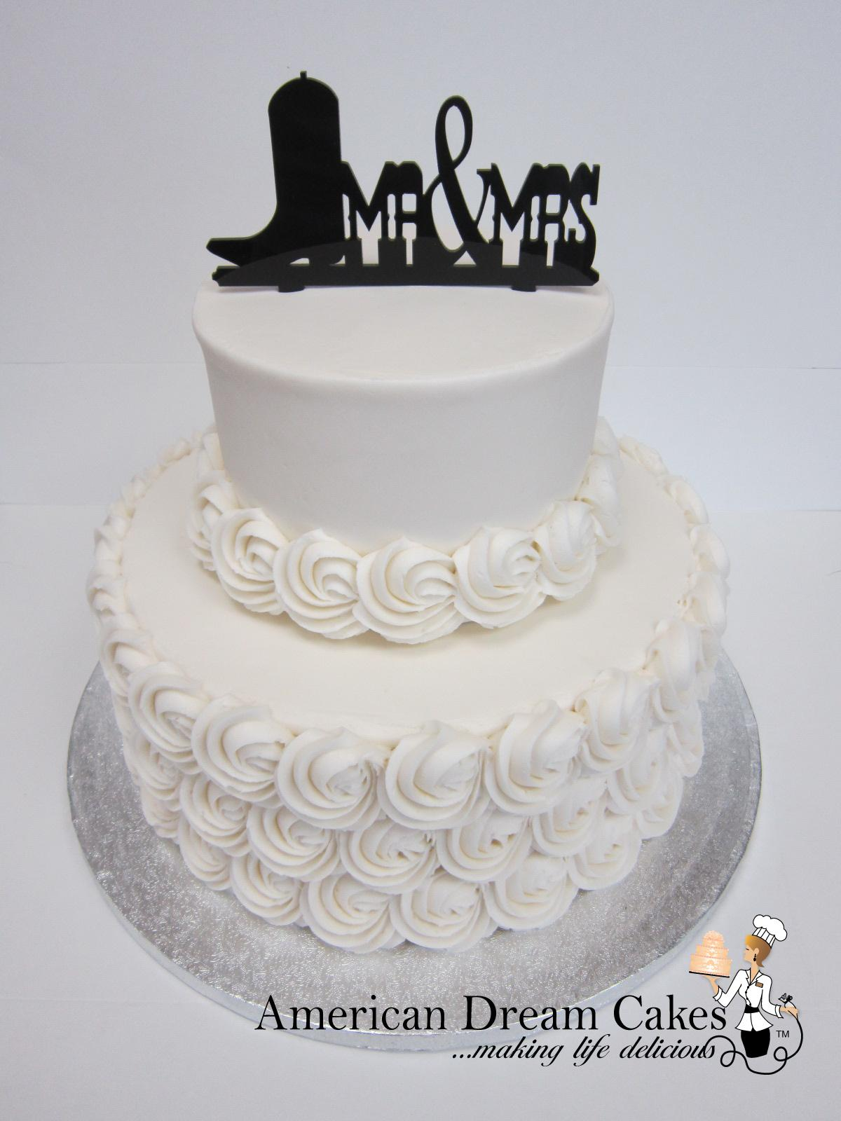 Rustic wedding cake with rosettes